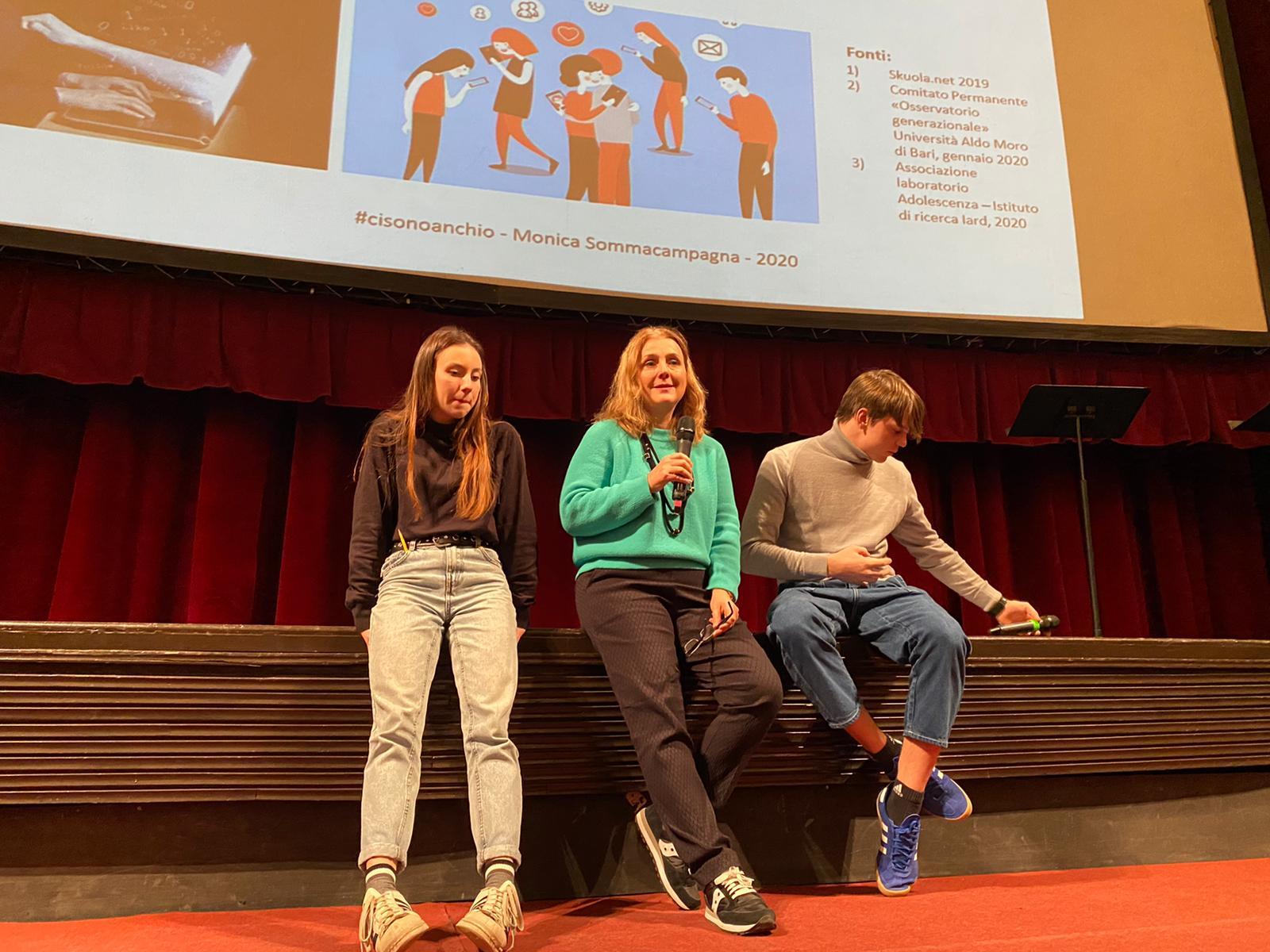 11-12.2 al Teatro Nuovo con 1400 alunni del Liceo Montanari
